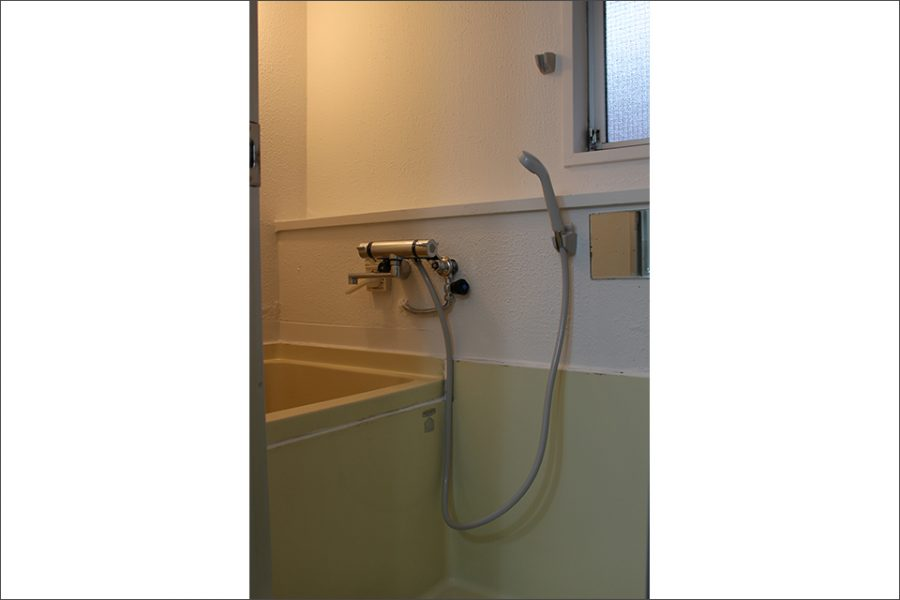 浴室シャワー付き