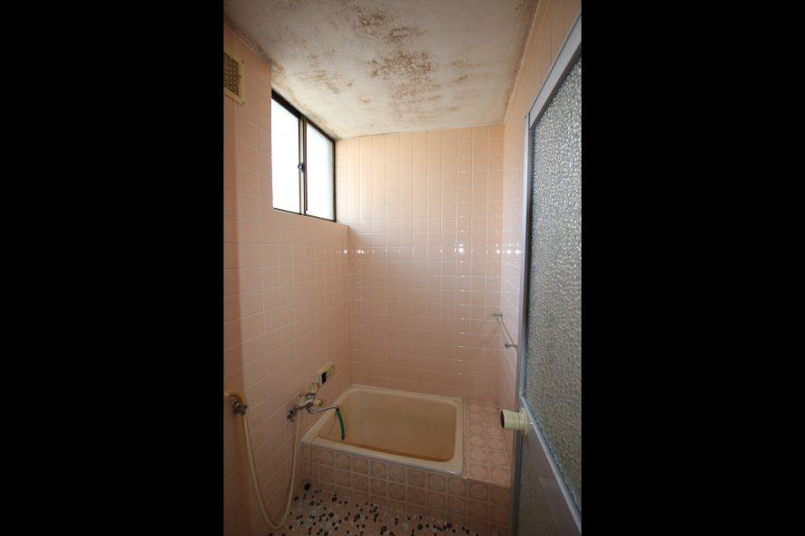 リノベーション前の浴室