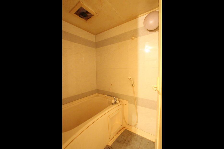浴槽リノベ前 width=