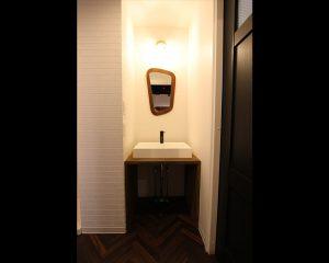 シンプルな洗面化粧台