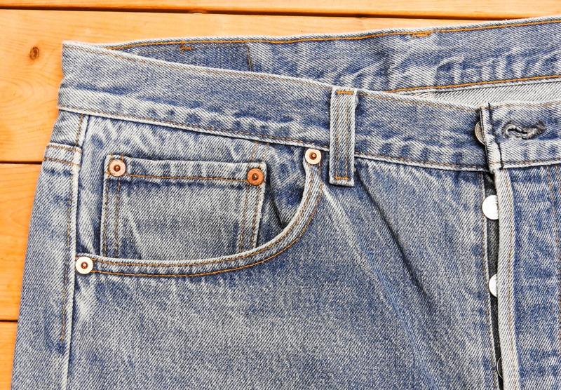 プレミアのついているジーンズ