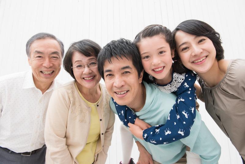 実家にもどって両親と同居する