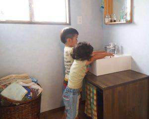 洗面台リノベーションにおける『造作洗面台』と『システム洗面台』のお話