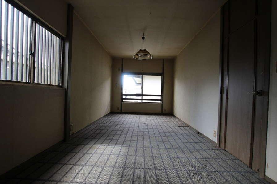 2階もアンティークが似合いそうな素敵な雰囲気