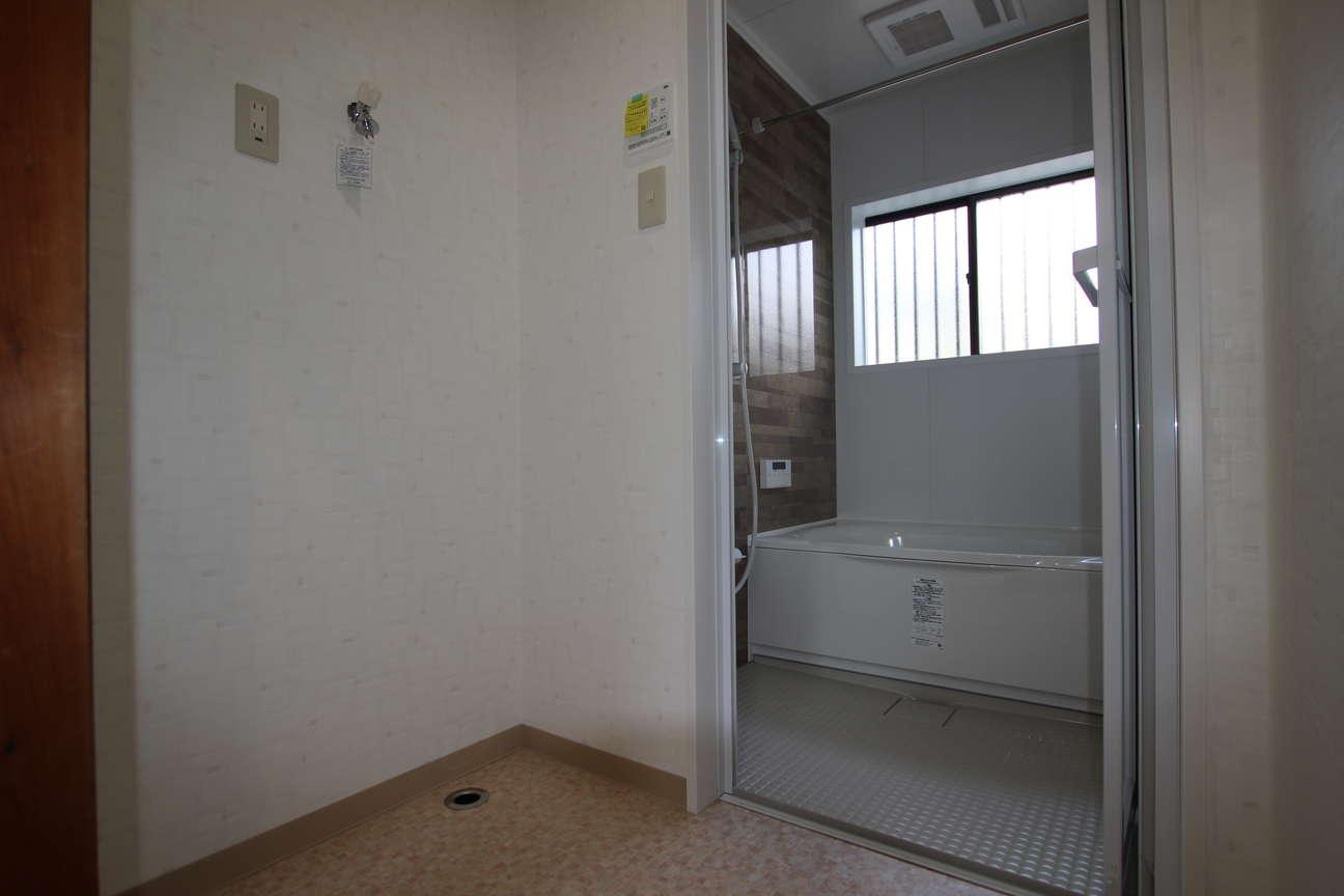 洗面→脱衣スペース
