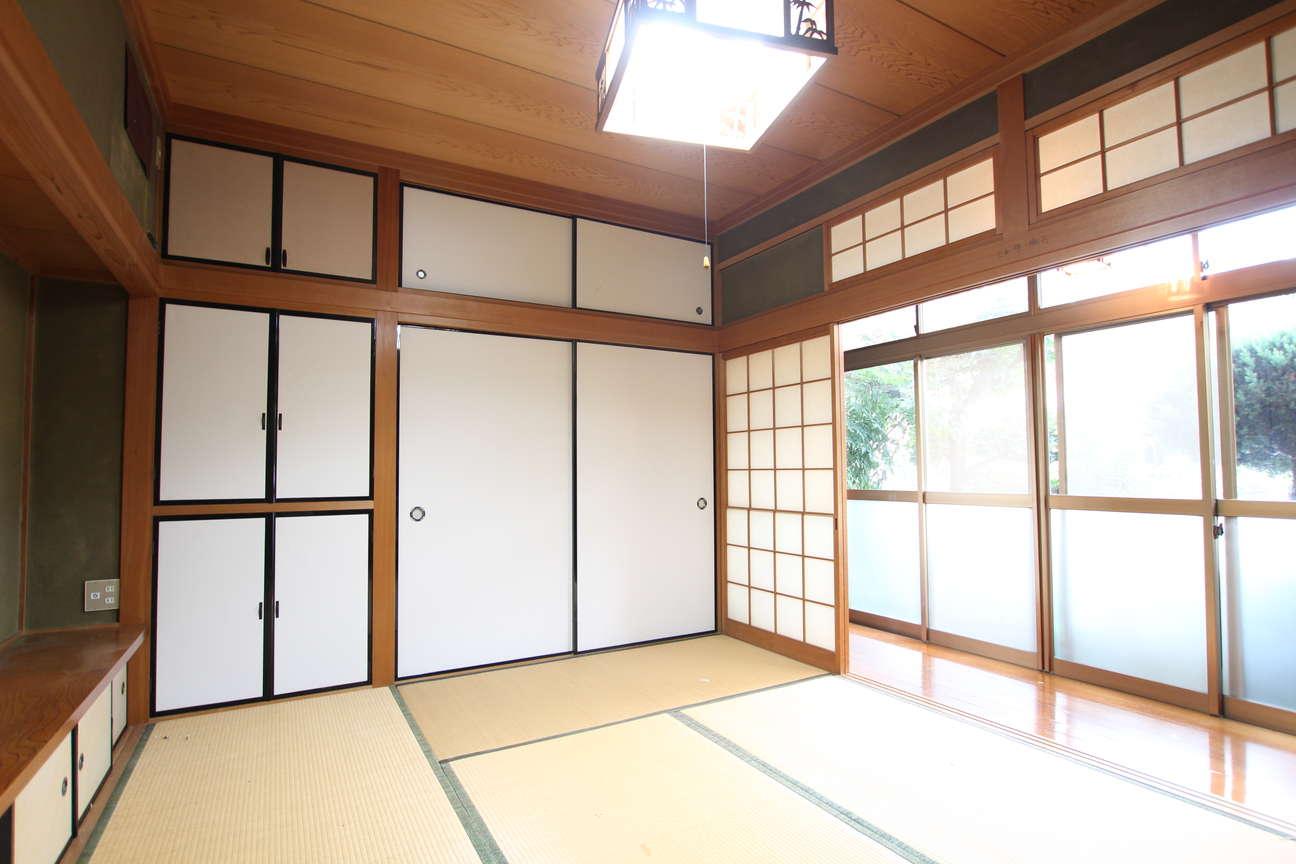 和室・押入れ→1階洋室・パステルのウォークインクローゼット(2)_before