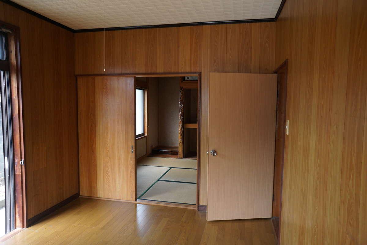 1階洋室→クローゼットのある洋室_before