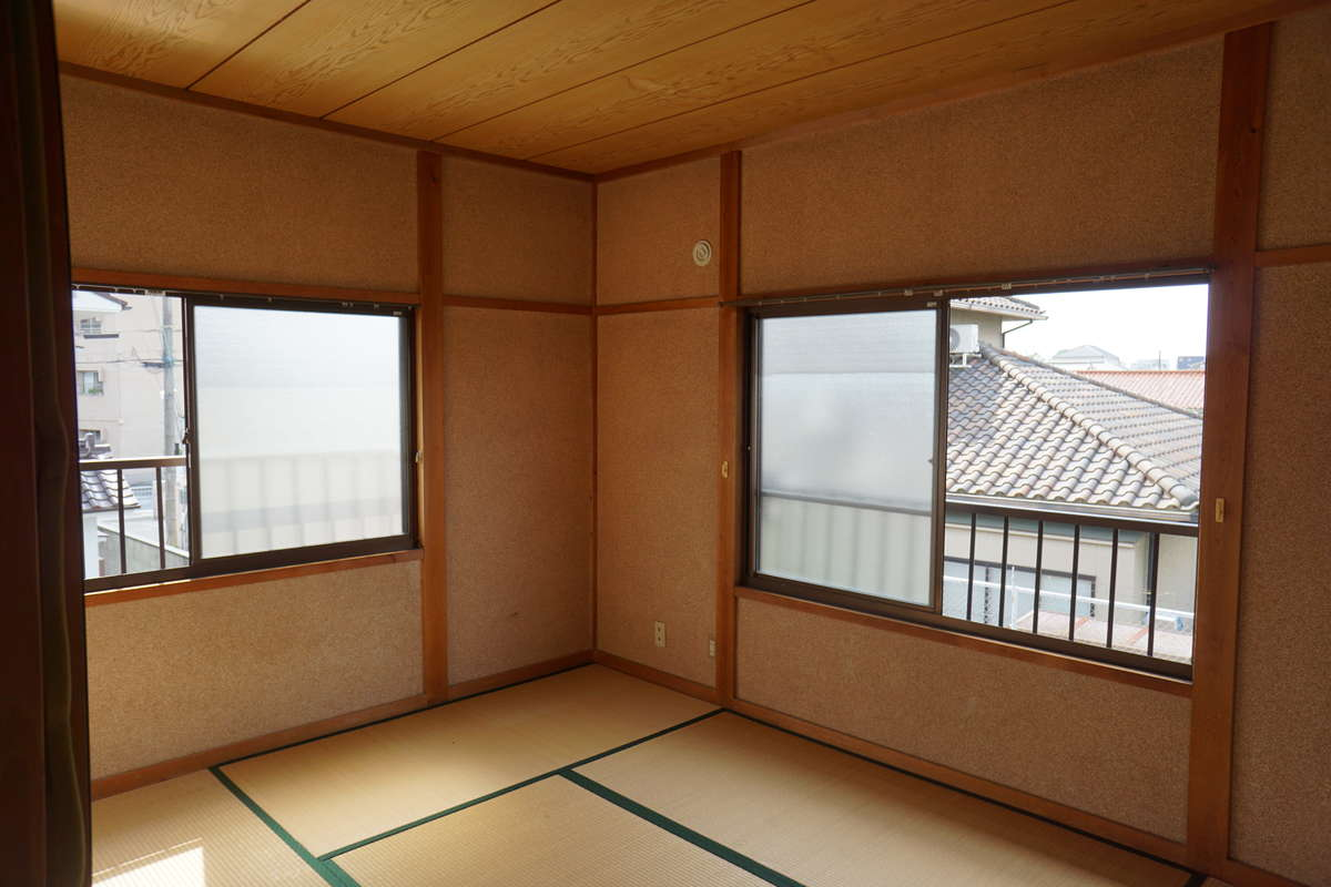 2階和室⑵→洋室