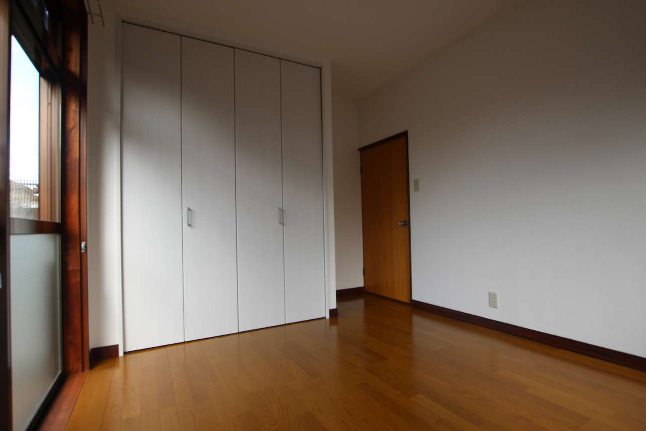 1階洋室→クローゼットのある洋室_after