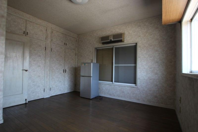 冷蔵庫のある部屋